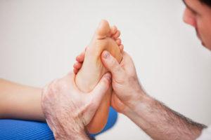 лечить суставы пальцев ног