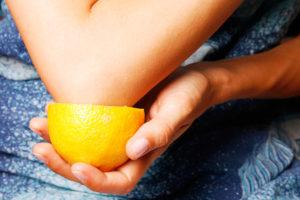 лечение локтя лимоном