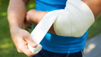 Лечение локтевого сустава: медикаменты, виды, народные средства