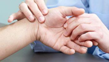 Артроз пальцев рук: явные симптомы, лечение и причины