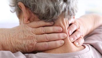 Лечение шейного остеохондроза в домашних условиях: компрессы, отвары