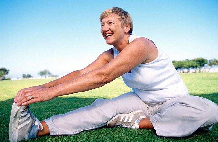 ЛФК при артрозе коленного сустава: упражнения, польза, самомассаж