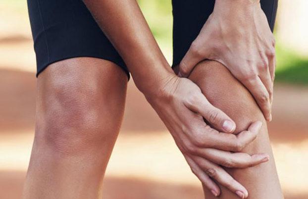 Травмы коленного сустава: патологии, причины, симптомы и лечение