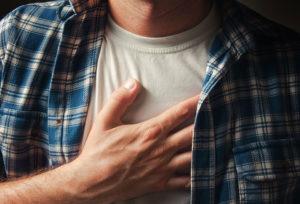 боль в грудной клетке из-за заболевания