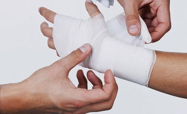 Артрит лучезапястного сустава: этиология, причины, симптомы, лечение