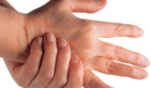 суставы и мышцы могут болеть из-за заболеваний