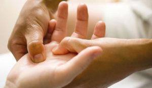 диагностика руки и выявление заболевания