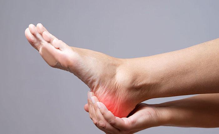 Боль в стопе: почему появляется? Симптомы, диагностика, лечение