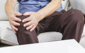 Ломота в суставах: причины появления, диагностика, лечение