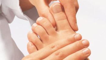 Лечение натоптышей на ступнях в домашних условиях: мази, крема