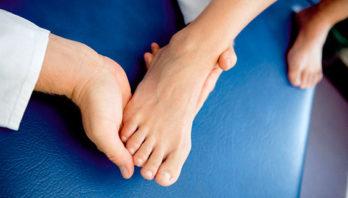 Артроз стопы – причины, симптомы, осложнения, лечение