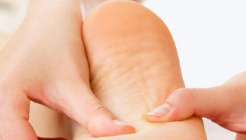 Боль в пятке: причины появления, симптомы, диагностика, лечение