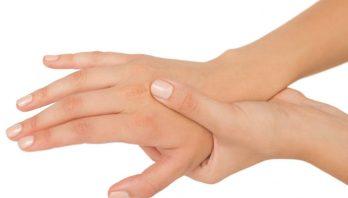 Ушиб ладони: симптоматика, причины, лечение, профилактика