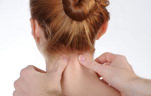 Хруст в шее: симптоматика, диагностика, профилактика, лечение
