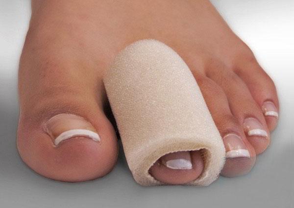 Ушиб пальца на ноге: причины, симптоматика, лечение