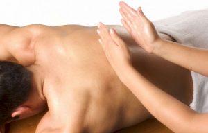 помогает ли массаж при грудном сколиозе