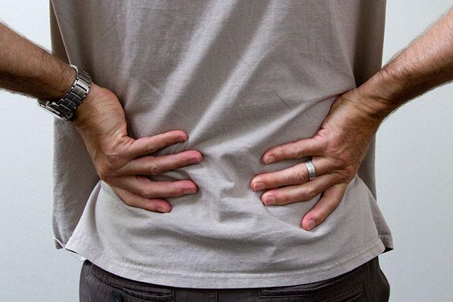 Ушиб поясницы: симптомы, отличие, лечение, профилактика