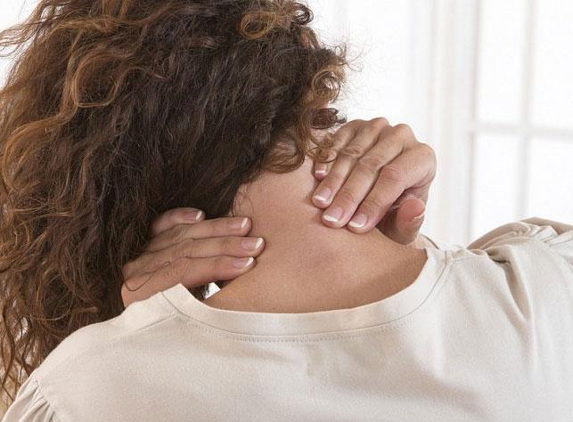 Отложение солей в шейном отделе: как проявляется? Симптомы и лечение